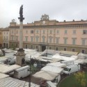 &#8220;Picchiato tra i banchi in piazza Duomo&#8221; <br />Ambulante denuncia l&#8217;aggressione