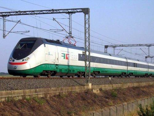 Un errore di stampa sui biglietti del treno e tornare da Roma diventa odissea