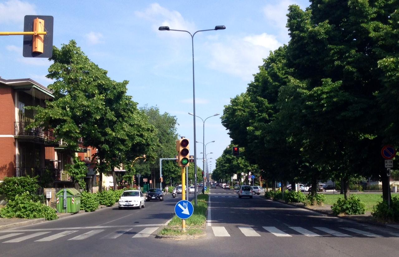 Viabilità di via Cella: i residenti chiedono rotatorie al posto dei semafori