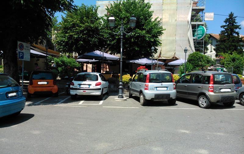 Bobbio - parcheggi moto
