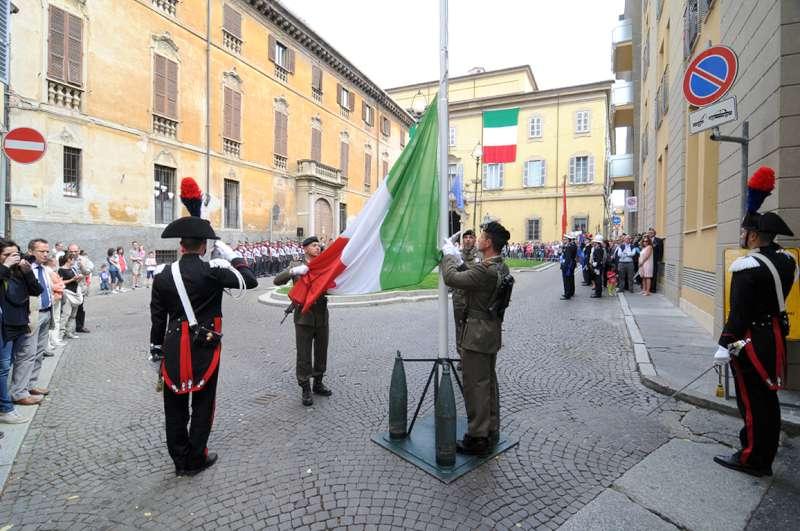 Festa della Repubblica, cerimonia in piazza Cavalli. Concerto al Municipale