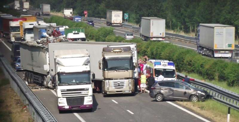 incidente in A21 a Caorso (2)