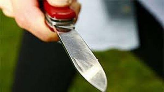 minacce con coltello