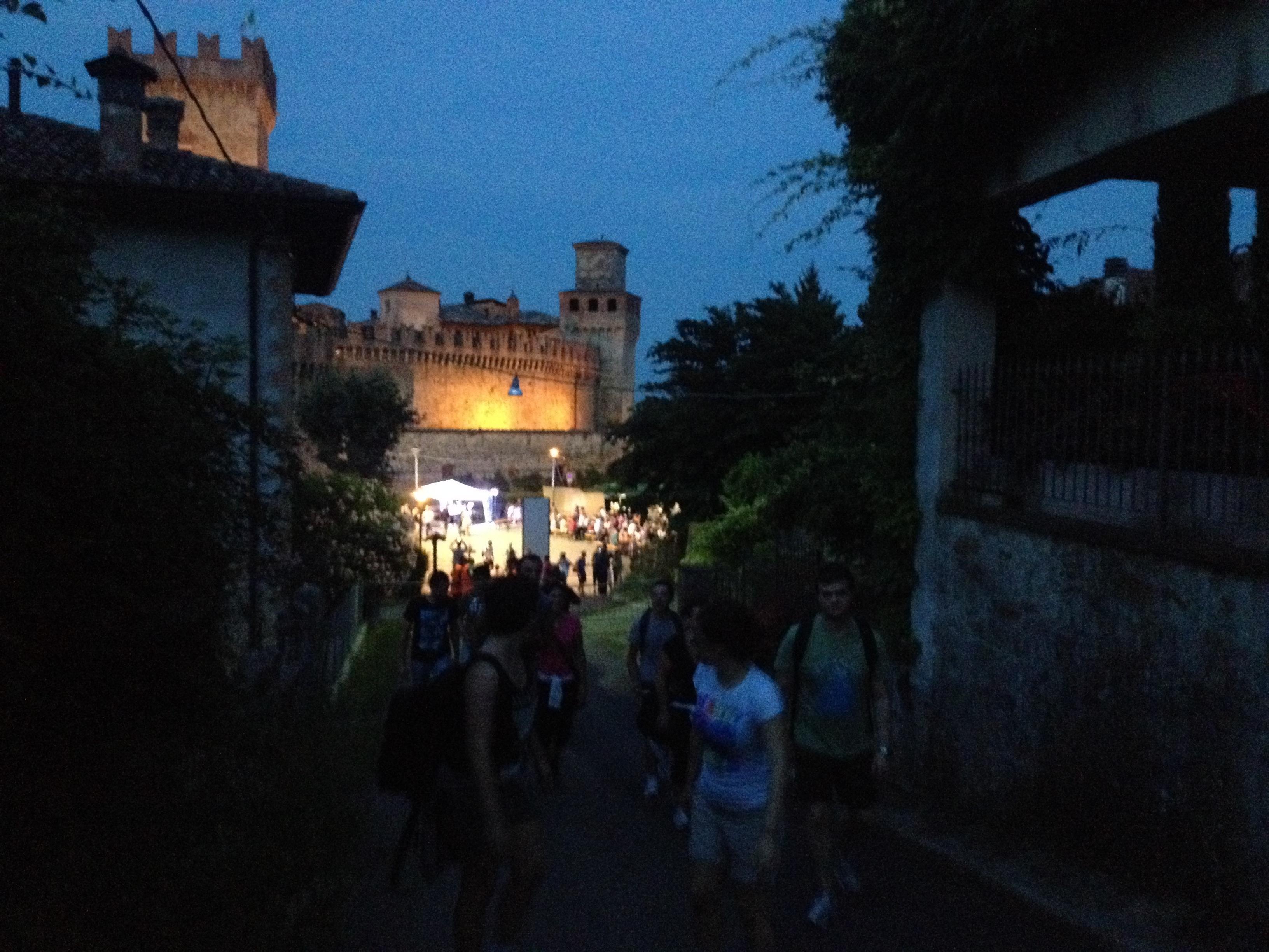 Notte dei briganti, in mille nei sentieri tra Vigoleno e Vernasca