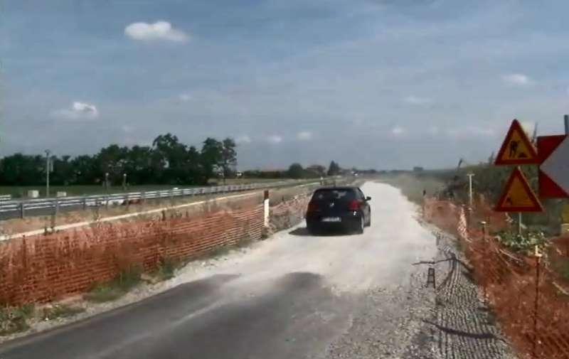 Lavori stradali a Turro (10)-800