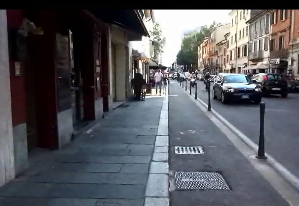 Parigine sul Corso, pareri discordanti tra pedoni, ciclisti e commercianti