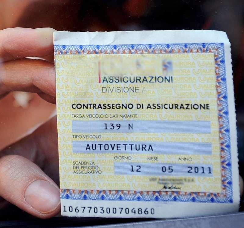 Ancora auto prive di assicurazione: a Gazzola scatta maxi sanzione