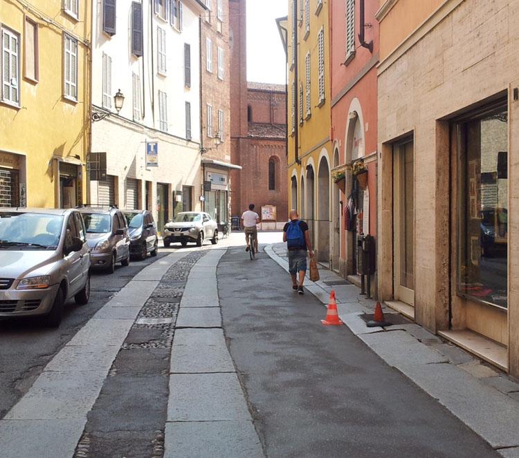 """Caduta in via Poggiali, il Comune: """"Colpa dei privati"""""""