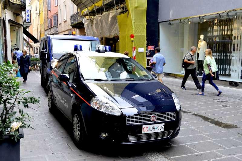 Carabinieri in via XX Settembre-800