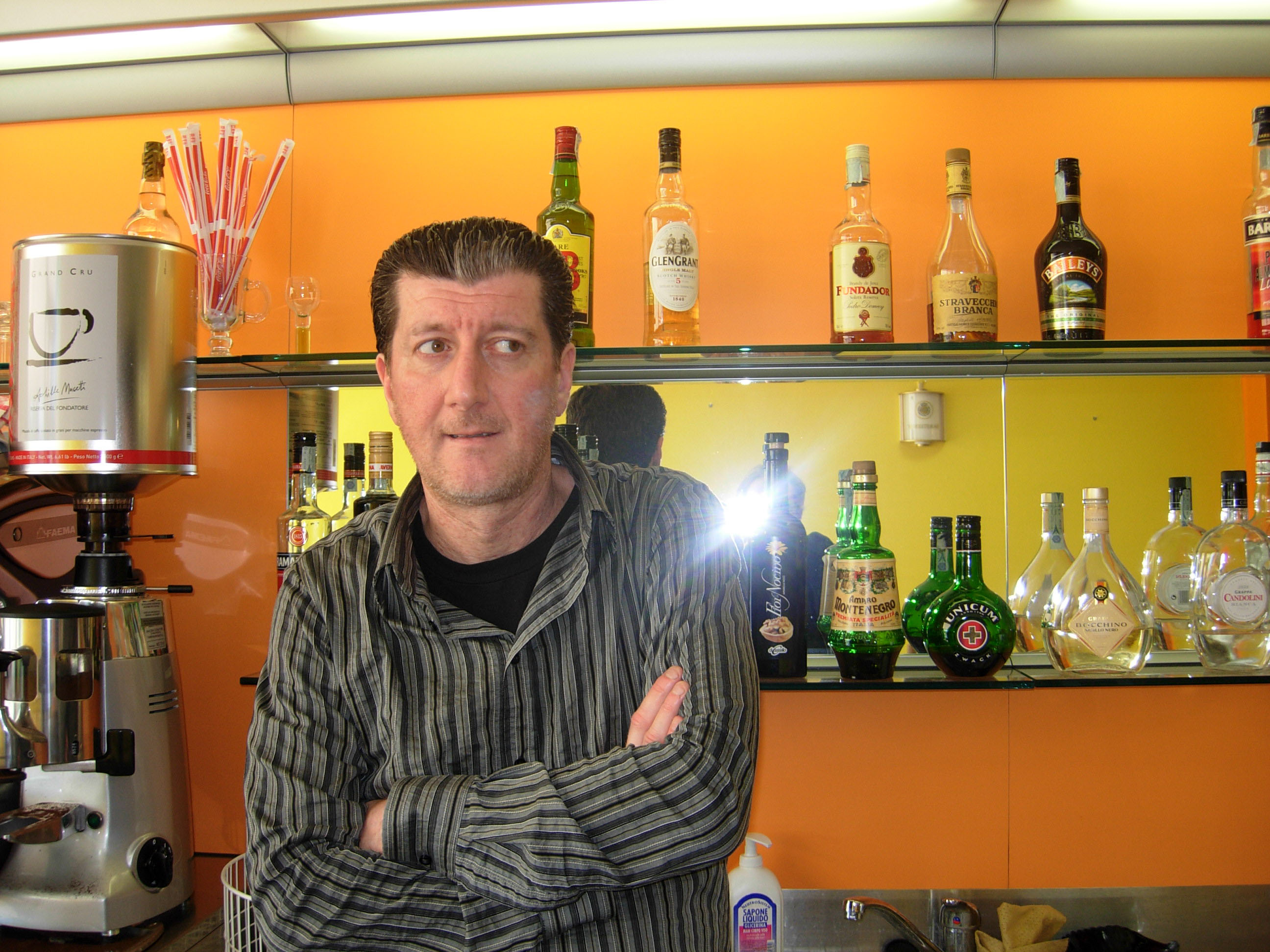 Caffè Orange e titolare Maurizio Dordoni