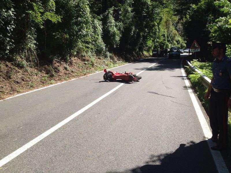 Incidente in moto a Ottone