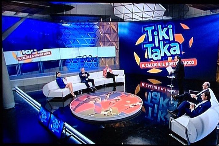 Tiki Taki (1)