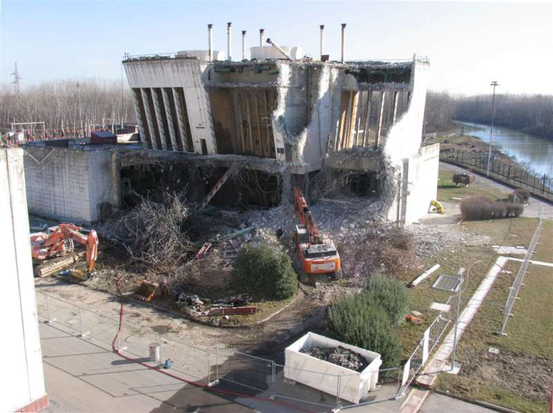 Dismissione centrale nucleare: visita della Commissione Tecnica
