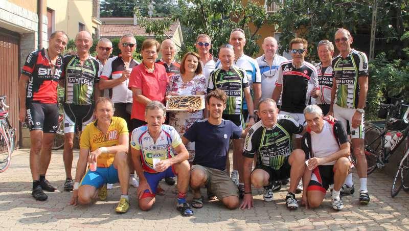 ciclisti svizzeri a Rivergaro (1)-800