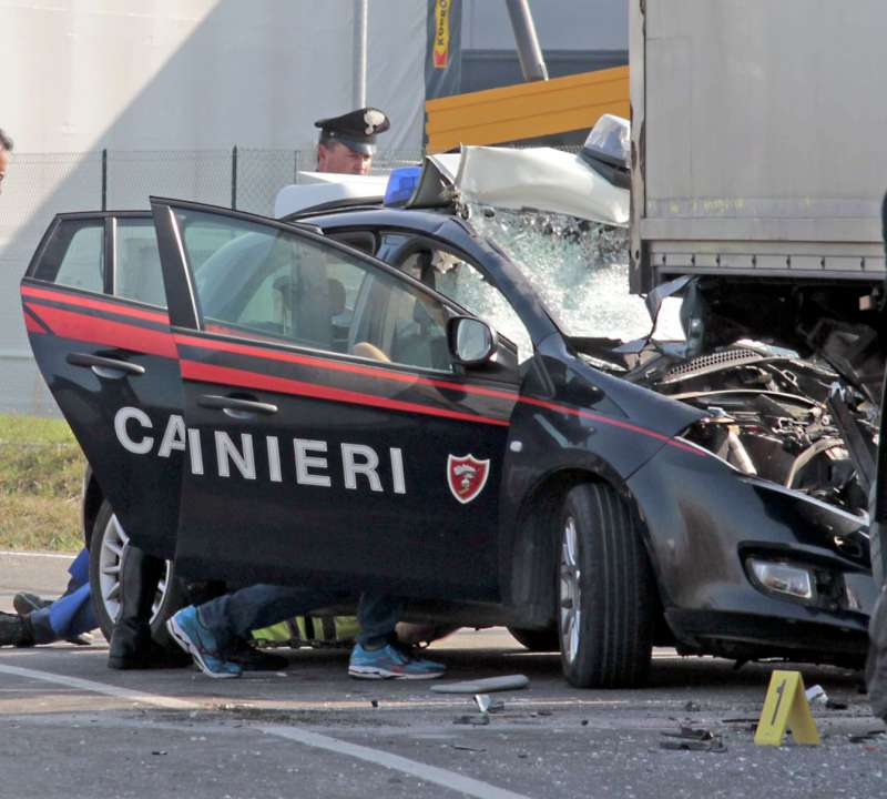 incidente carabinieri a Castelsangiovanni (3)