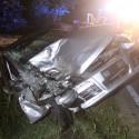 Incidente a Caratta: auto in un canale. Due persone ferite
