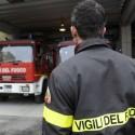 Via Alberici, camion trancia un cavo elettrico al parcheggio