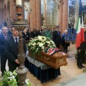 L'ultimo viaggio di Sandro Molinari: ai funerali il cordoglio di tutto il mondo