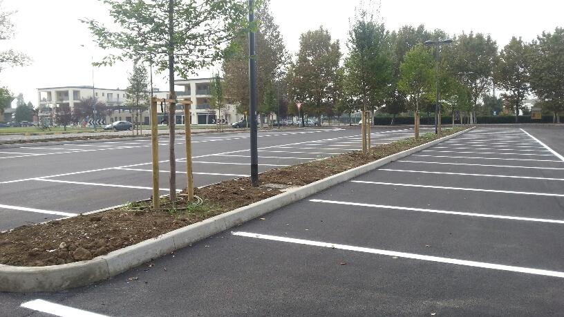 Parcheggio alla Besurica (2)