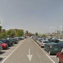 """Rapina al parcheggio della stazione, i pendolari: """"È la terra di nessuno"""""""