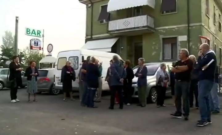 La protesta dei residenti di strada dell'Anselma