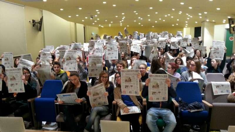 """Giornalini scolastici, vince """"Il Buco"""" del Respighi. Arrivati 52mila voti"""