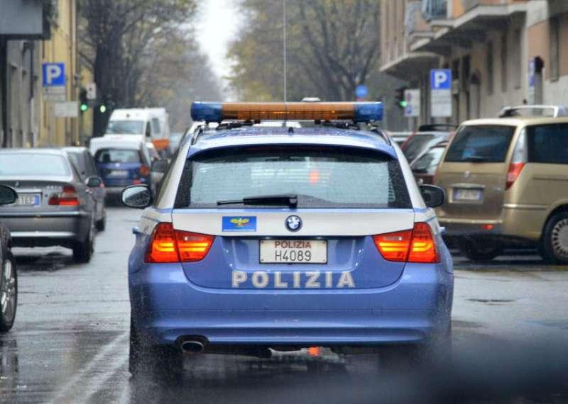 Polizia (6)1-800