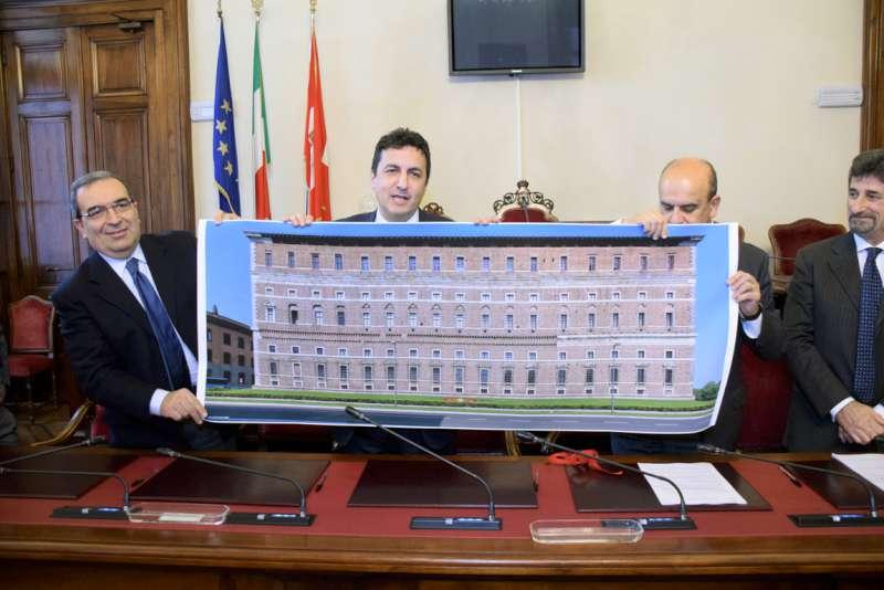 Cessione Palazzo Farnese al Comune (69)-800