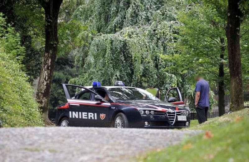 Controlli dei carabinieri ai Giardini Margherita (2)
