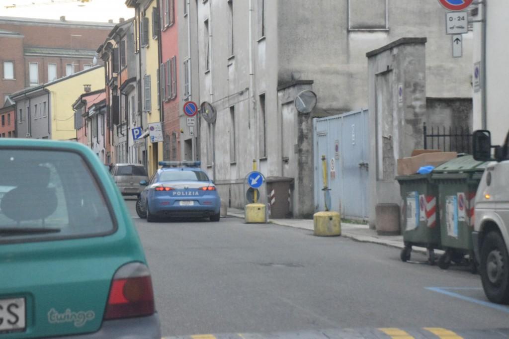 Polizia alla ex Camuzzi