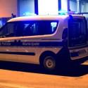 In auto con un coltello: 30enne tenta la fuga, bloccato e denunciato