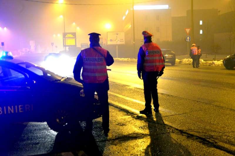 Controlli dei Carabinieri di notte (1)
