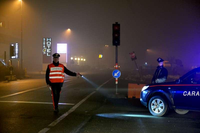 Controlli dei carabinieri: 19 identificati, due automobilisti denunciati a Pontenure