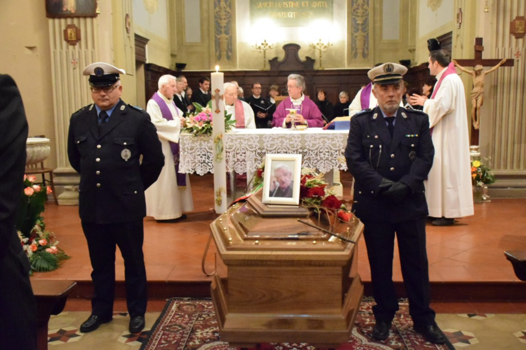 Funerali Luigi Francesconi  (2)