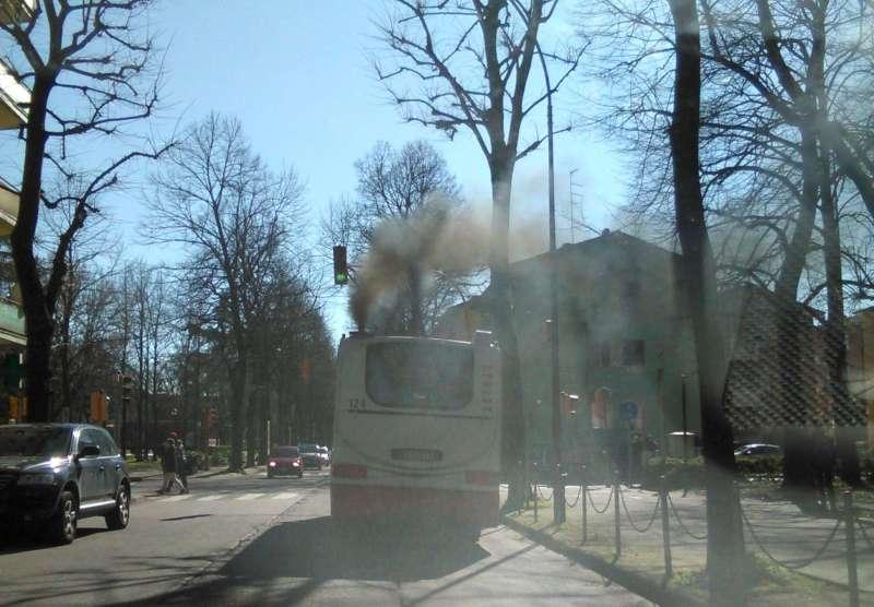 autobus  inquinante
