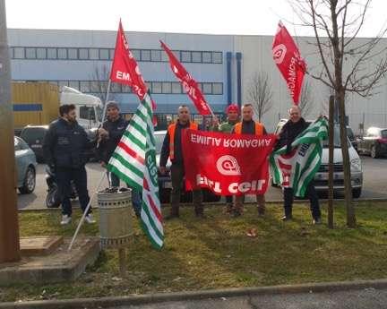 Protesta facchini alla Scerni di Monticelli (3)
