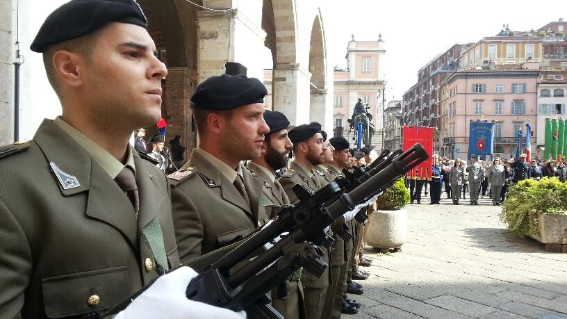Commemorazione dei caduti nel ricordo della Grande Guerra. Le foto