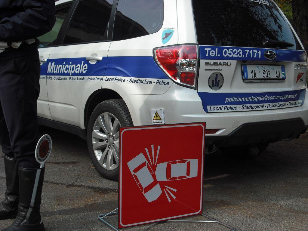incidente polizia municipale