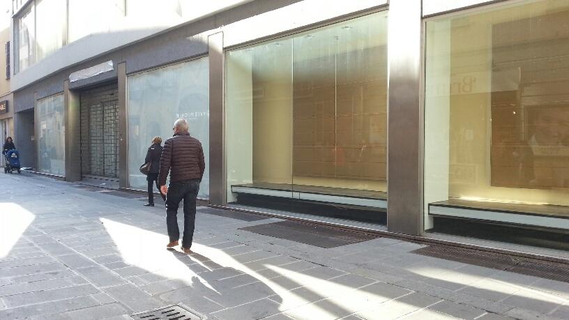 Negozio ex Benetton, ora H&M