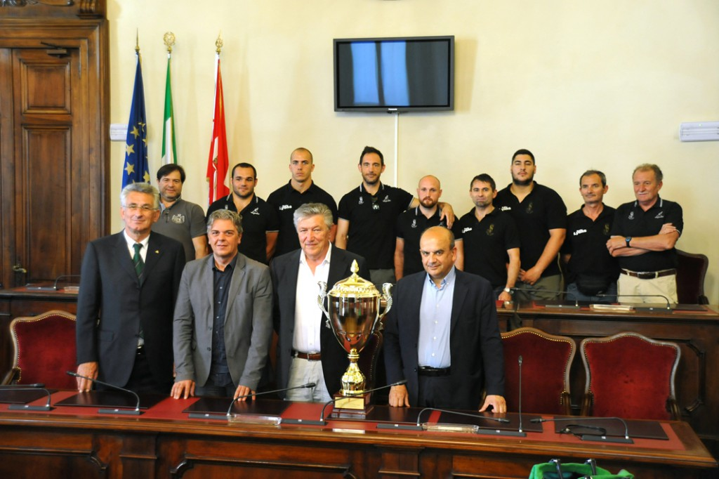 dosi premia layons rugby