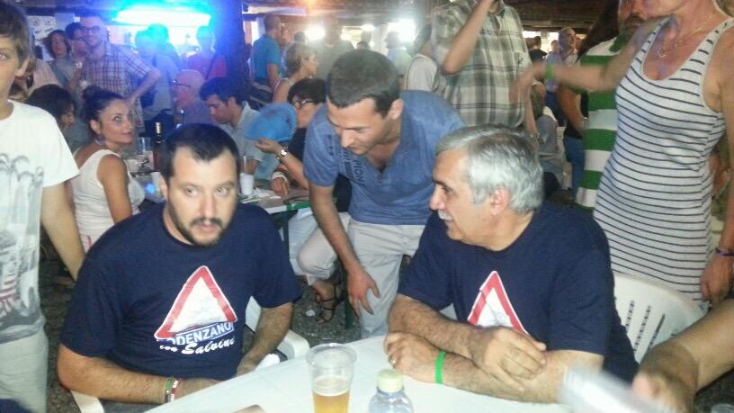 """Bagno di folla per Matteo Salvini: """"Aboliremo le Prefetture"""""""