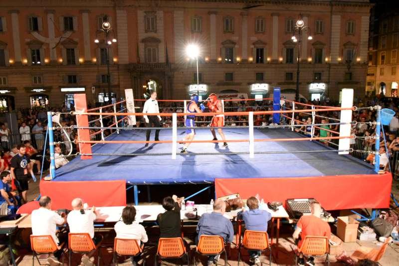Nino Benvenuti in piazza Cavalli (3)-800