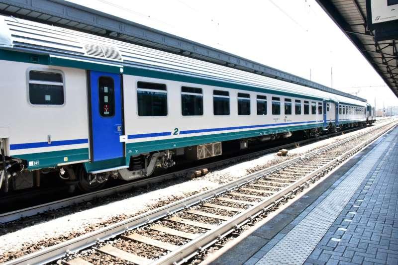 Ferrovia, stazione di Piacenza (55)-800