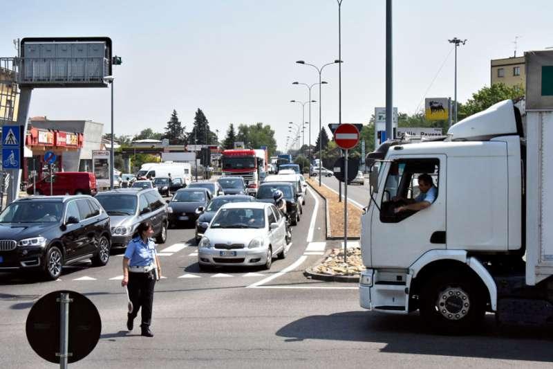"""Osservatorio prefettura: """"Più traffico e incidenti in aumento nel 2017"""""""