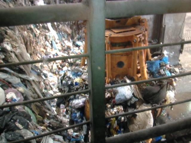 Cala il costo della tassa rifiuti negli esercizi commerciali