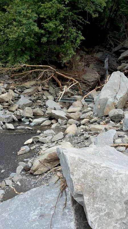 Alluvione 2015, le strade nel comune di Ferriere (13)-800