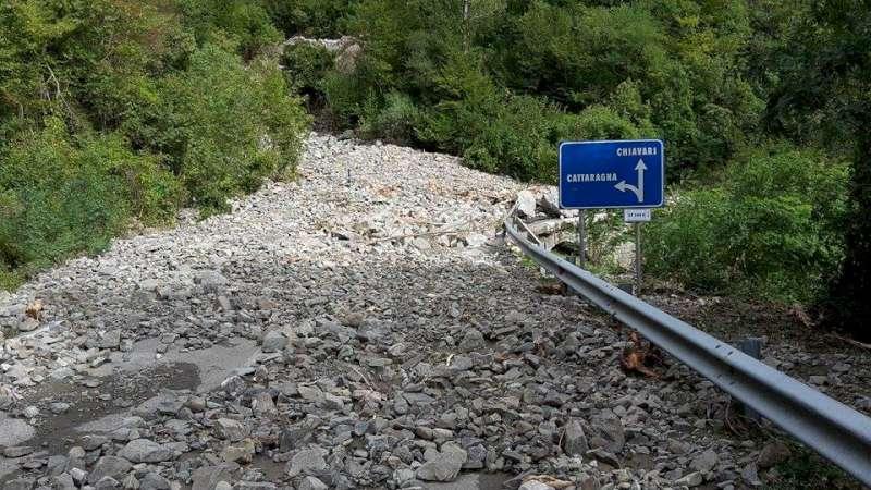 Alluvione 2015, le strade nel comune di Ferriere (6)-800