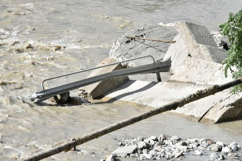 Alluvione, il giorno dopo a Recesio (51)-800