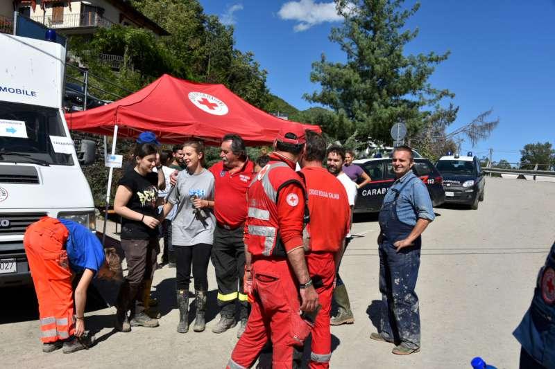 Farini soccorsi e volontari al lavoro (1)