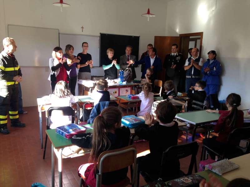 Istituzioni a scuola a Farini (1)-800